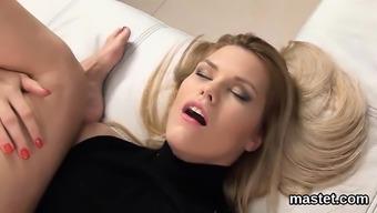Frisky Czech Nympho Opens Up Her Tight Crack To The Strange