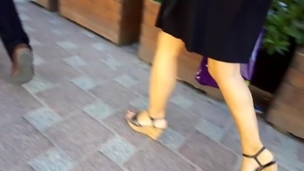 Candid Mature Fr'S Hot Legs, Sexy Red Toes Platforms
