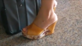 Candid Wedge Sandals In Metro