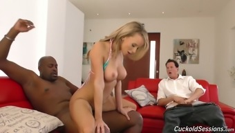 Cuckold Husband Enjoys Watching How Pristine Edge Sucks Big Black Dick