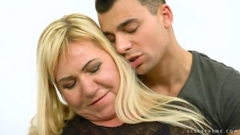 Mature Blonde Pam Pink Spreads Her Legs For A Fuck