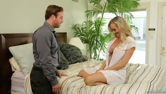 Just Perfect Blond Haired Housewife Brandi Love Is Worth Some Fantastic Fuck