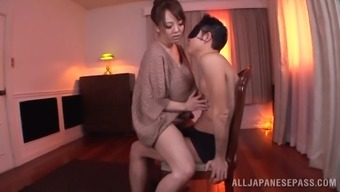 Hardcore Sex Action With Huge-Breasted Japanese Milf