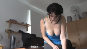 Amateur Wife Poppy Shows Her Big Tits