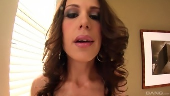 Threesome With A Dick-Worshiping Floozy Mckenzie Lee Ravages Her Holes