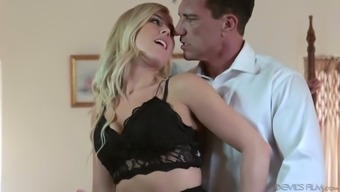 Horny And Voracious For Semen Blond Head Gives Such An Impressive Blowjob