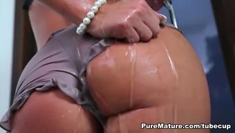 milf pornostjerne marie bryster