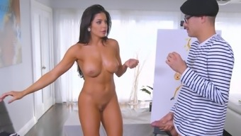 A Bitch With Huge Tits Is Showing Us How She Makes Love To A Man