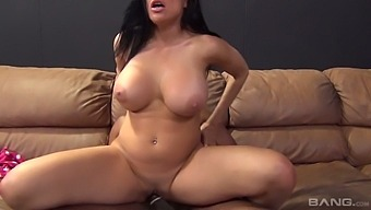 Big Breasted Milf Sheila Marie Bouncing Her Phat Ass On A Big Ass Dick