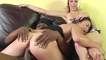 Horny Sakura Scott Decides To Share Friend'S Hard Penis With A Girl