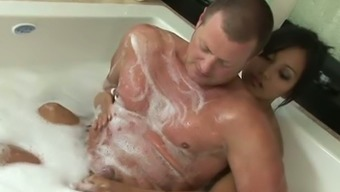 Attractive Asian Hooker Lana Violet Gives A Head To Beefcake Yankee In Foaming Bath