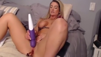 Friendly Milf With Squirting Pierced Pussy