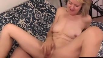 Slutty British Grandma Jamie Foster Gets Licked And Dicked