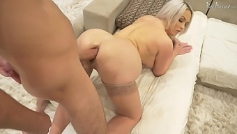 Bootyful And Big Tittied Milf Brook Page Gets Her Anus Fucked On Xmas Eve