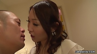 Naughty Japanese Sweetie Airi Mizusawa Gonna Share Cock For Awesome Sex