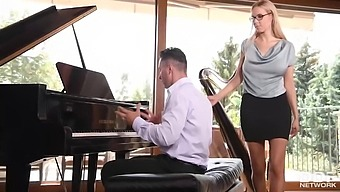 Florane Russell Is A Smashing Blonde Babe Who Likes To Give Blowjobs To Mugur, Until He Cums