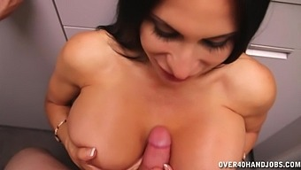 Handjob Action In The Public Toiled With Brunette Sheila Marie