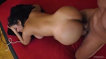 Hot Venezuelan Babe Kesha Ortega Gives Her Head And Gets Fucked Hard