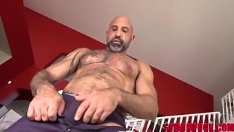 Hairy Stud Michael Masters Fucks Newbie Blake Blossom
