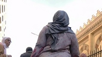 Pakistani Girl Abaya Shows Her Ass Wearing A Hijab