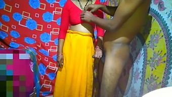 She Wears A New Red Sari And Has Sex With Bhabi Deor