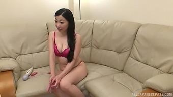 Solo Japanese Mature Akiyama Miho Pleasures Her Puss With A Vibrator