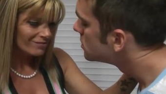 Avril Hall And Kristal Summers Ffm 3some