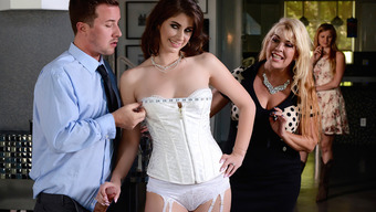 Karina White &Amp; Jessy Jones In Say Yes To Getting Fucked Within Your Wedding Gown - Brazzers