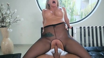 Blond Trudge San Francisco Follow Gets Fucked And Facialized