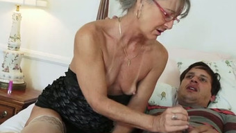 71 Yrs Of Age Moaner In Glasses Persuaded Her Youthful Neighboring Town And Moved Him Off On Bed