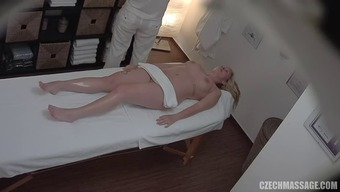 She Gets Fantastic Pussy And Throat Massage Session Using His Prick