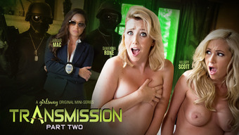 Abigail Mac &Amp; Samantha Rone &Amp; Hillary Scott In Passing: Stage A Pair Of - Girlsway