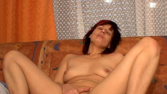 Kinky Darkish Haired Wife Blows Staff Penis Of Her Intoxicated Mankind On Sleep
