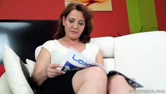 Lucie Cougar Lets A Fellow Machine Her Furry Dig Of Love