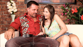 Katie Holmes- Cruise Cash Cow &Amp; J.J In Eigteen And Fucking Daddy'S Friends #04 - Milehighmedia