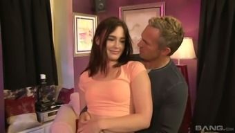 Horny Senior One Is Having His Method With The Use Of Love-Making Malnourished Hottie Jodi Taylor