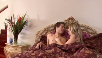 Morning Hours Morning Breakfast Finishes Up With The Use Of Pussy Having For Sienna Milano
