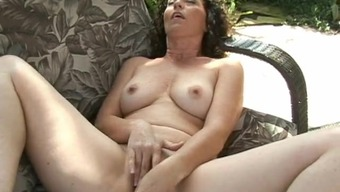 Wild Hair Milf Amateur High Heels Her Pussy By Using A Boat