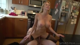 Husband Gets Sizzling Streaming His Wife Fuck A Dude