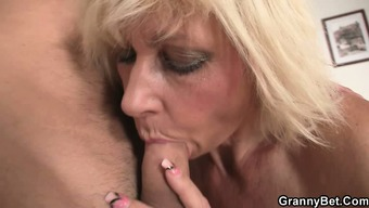 Black Allows Him Practice Her Old Snatch