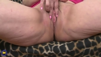 Chubby Old Lady With Saggy Tits Pleasures Her Pussy