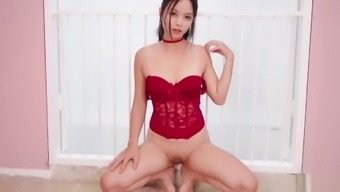 Corset Girl Fingers Her Pussy To Get Squirting (Kylie Ng)