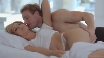 Daphne Dare Loves Morning Sex And This Beautiful Lady Is So Passionate