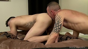Before Gay Anal Sex Hunter Vance Enjoys A Blowjob And Ass Licking
